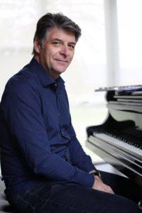 Christian BRENNER en trio avec Arnaud LECHANTRE et Blaise CHEVALLIER @ Le Café Laurent