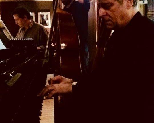 Christian BRENNER en trio avec Jean Christophe NOEL et Blaise CHEVALLIER @ Le Café Laurent