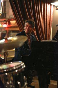 Christian BRENNER en trio avec Arnaud LECHANTRE (batterie) et Matyas SZANDAI (contrebasse) @ Le Café Laurent